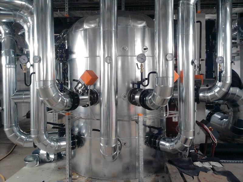 Минераловатная изоляция трубопроводов с металлическим окожушиванием